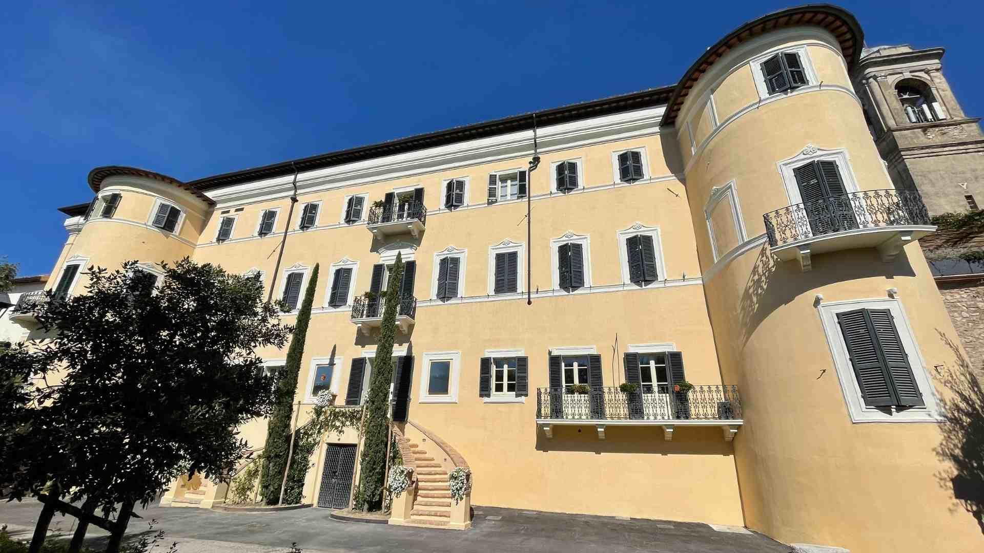 header-palazzo-santacroce-san-gemini