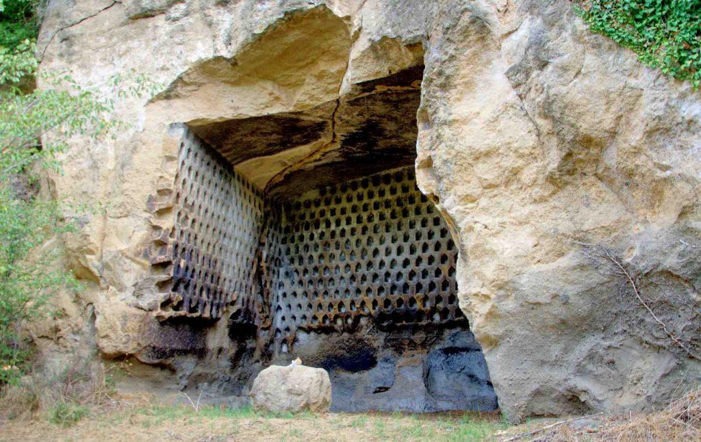 Tomba romana a Colombario di Giove