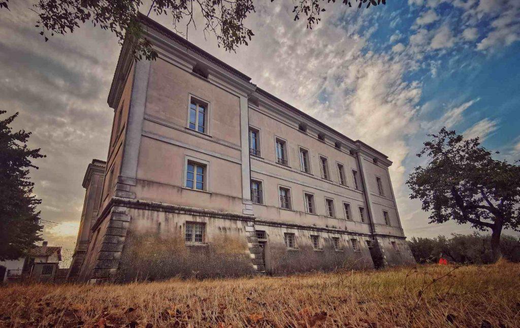 Il Palazzo malvetani di Coppe, Stroncone